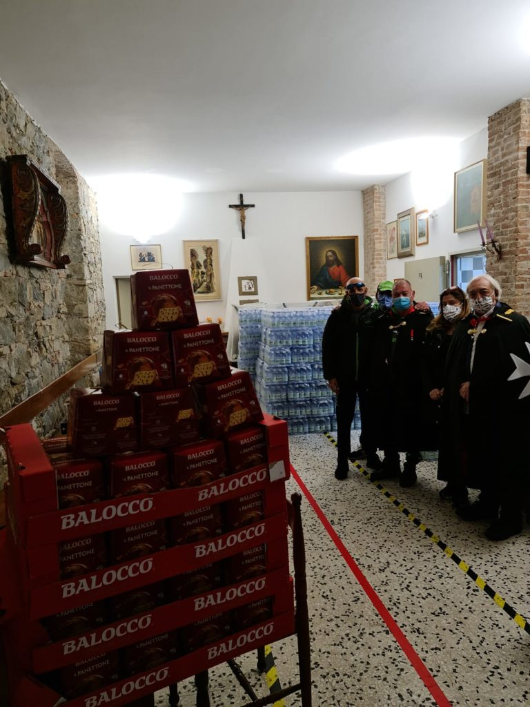 DONAZIONE ALL' ASSOCIAZIONE DI VOLONTARIATO IL PRIMO FIORE